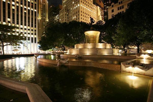 03-03 Pulitzer Fountain at Night