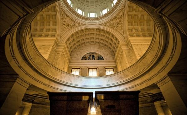 94-grants-tomb-interior